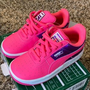 PUMA~ NWT SNEAKERS 👟 SIZE 9C